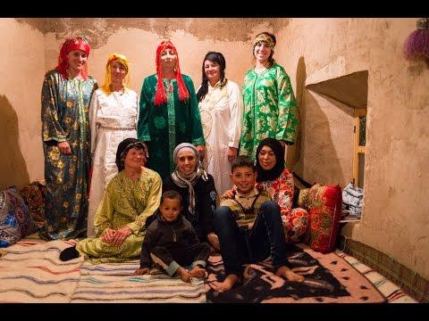 Voyage rencontre avec les femmes des hautes vallées de l'Atlas avec Zineb - Marocde YouTube · Durée:  8 minutes