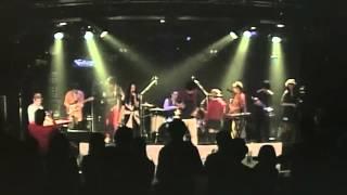レトロ+ポップ=エキゾミュージック!! ハートハジける10人組バンド...
