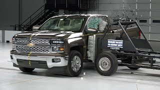 2015 Chevrolet Silverado 1500 extended cab side IIHS crash test