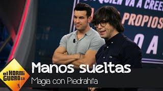 Luis Piedrahita alucina a Mario Casas con su excéntrico truco de magia - El Hormiguero 3.0