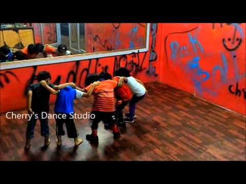 CUTE DANCE BY KIDS ON SORRY SORRY SONG(ABCD MOVIE )