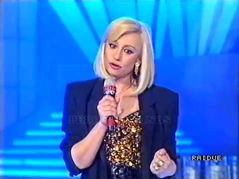 Raffaella Carrà - Medley 1978 - Ricomincio da Due (1990)