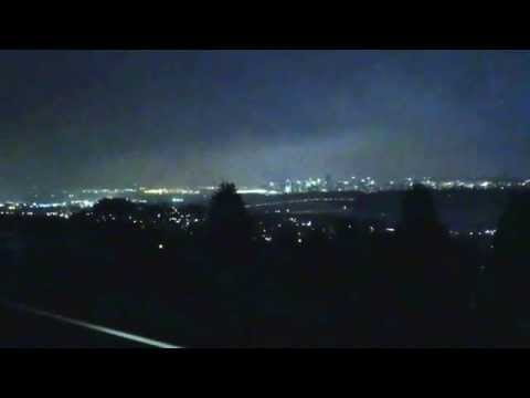 20151117 bright flashes of light causing power outage in West Vancouver