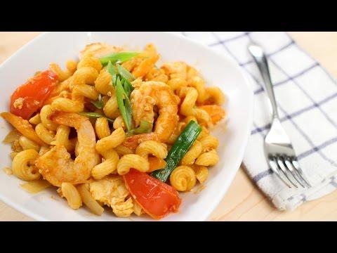 """Thai-Style Pasta Recipe """"Pad Macaroni"""" - Hot Thai Kitchen!"""