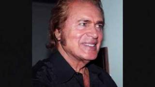 ENGELBERT HUMPERDINCK  PLEASE UNDERSTAND_0001.wmv