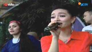 Video Zaskia Gotik - Bang Jono download MP3, 3GP, MP4, WEBM, AVI, FLV Oktober 2017