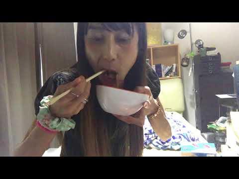 みえこの食動画 ピザトーストとイカのお刺身!