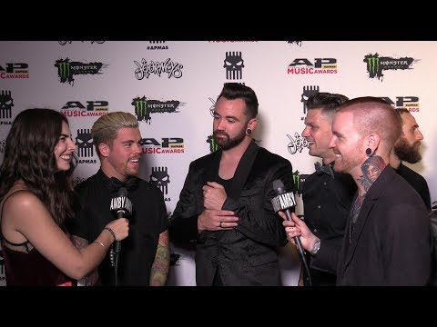 Interview with Memphis May Fire (Round Two - 2017 APMAs Red Carpet)