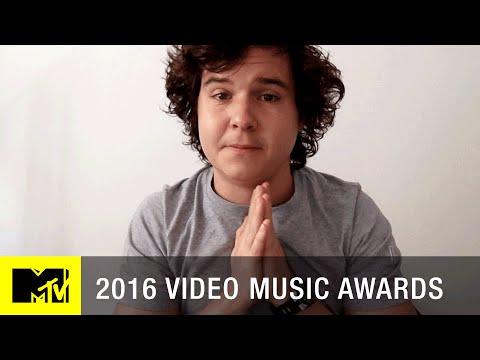 Lukas Graham | 2016 VMAs Best New Artist Nominee