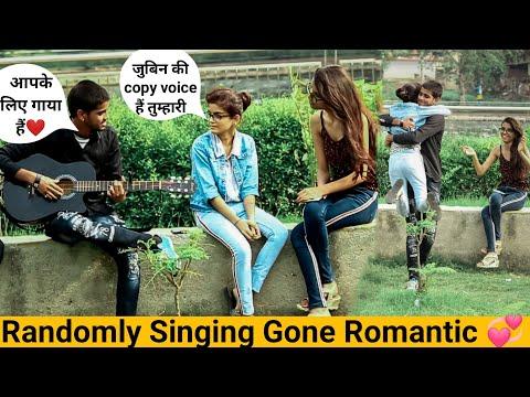 Wafa Na Raas Aayee Song Reaction Jubin N||Singing Pranks||Singing Prank In India||Siddharth Shankar