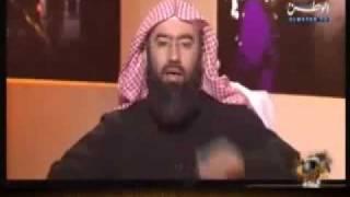شوفوا كيف يتم صبغ الكتاكيت !!!