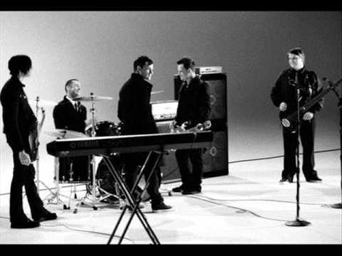 Broken Heart Parade-Good Charlotte