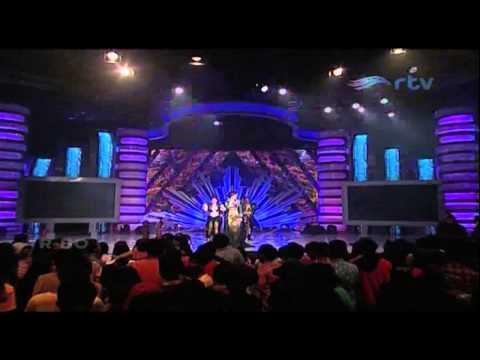 ZASKIA GOTIX [Aw Aw] Live At Putri Panggung (14-07-2014) Courtesy RTV