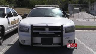 Car thief arrested after taking police on chase around town