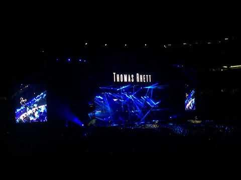 "Thomas Rhett ""T-Shirt"" @ Country Fest- Gillette Stadium in Foxborough, MA 8/25/17"