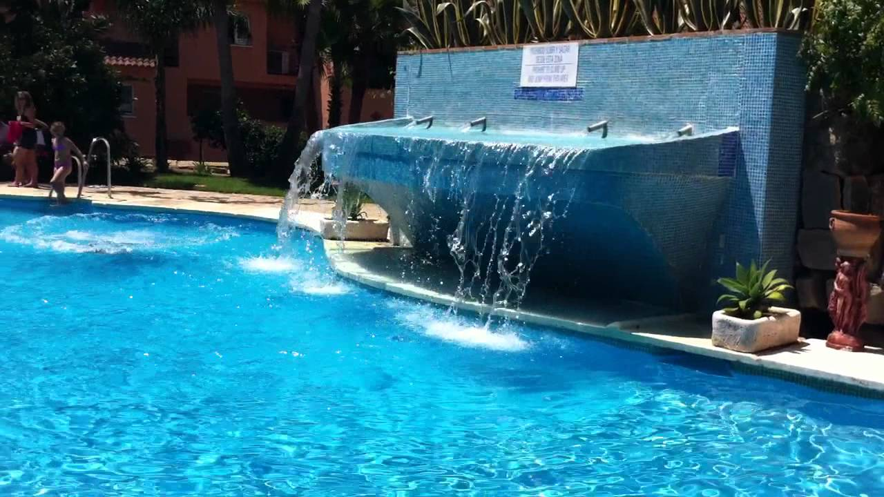 Piscina Con Cascada I Casares Costa Youtube