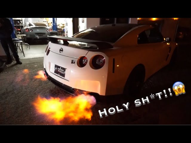 my-gtr-is-shooting-massive-flames-walked-a-hellcat