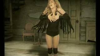 Βικτόρια Χαλκίτη - Τέλεια | Victoria Xalkiti - Teleia (Official Music Video).mp3
