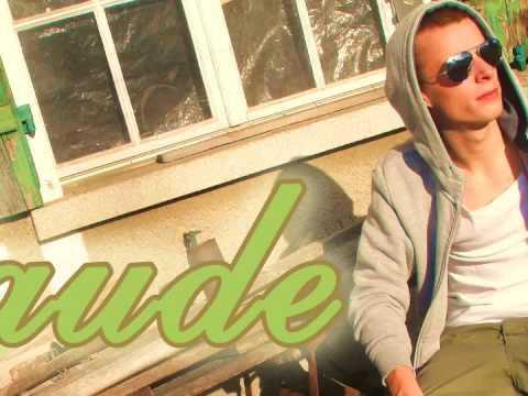 Claude feat. Hyphen - Liebeslied (CH-Rap)