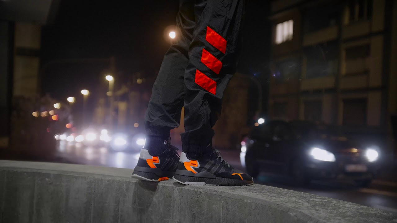 a8d5279207cb89 adidas NITE JOGGER - asphaltgold Nite Delivery - YouTube