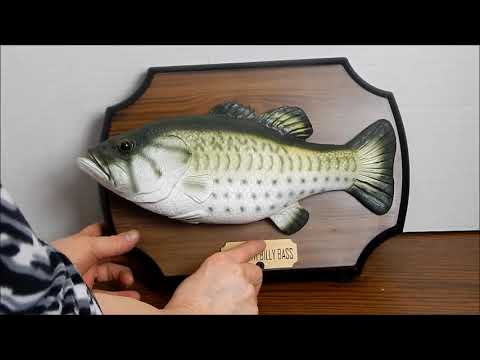 Gemmy Industries Big Mouth Billy Bass Singing & Flopping Trophy Fish, Circa 1999