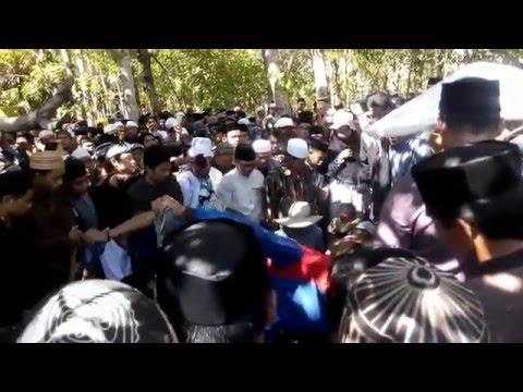Pemakaman KH.Abu Nawas Bintang