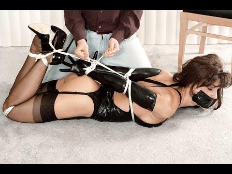Голые девушки и женщины секс порно фото