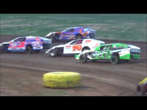 Salina Speedway SalinaUsedCars IMCA Modifieds 6-2-17 Make up Feature 8-4-17