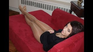 Sexy Amateur Ladies with Crossed Legs, Pantyhose and no Shoes #3