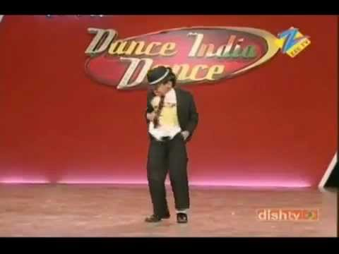 Little Michael Jackson perfoming in audition DID 2010... awesome dance