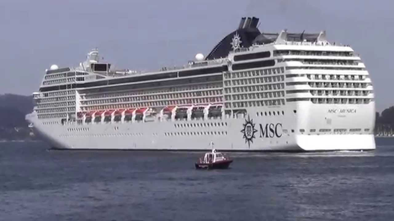 Crucero msc musica en vigo 20 de abril de 2013 youtube - Puerto de vigo cruceros ...