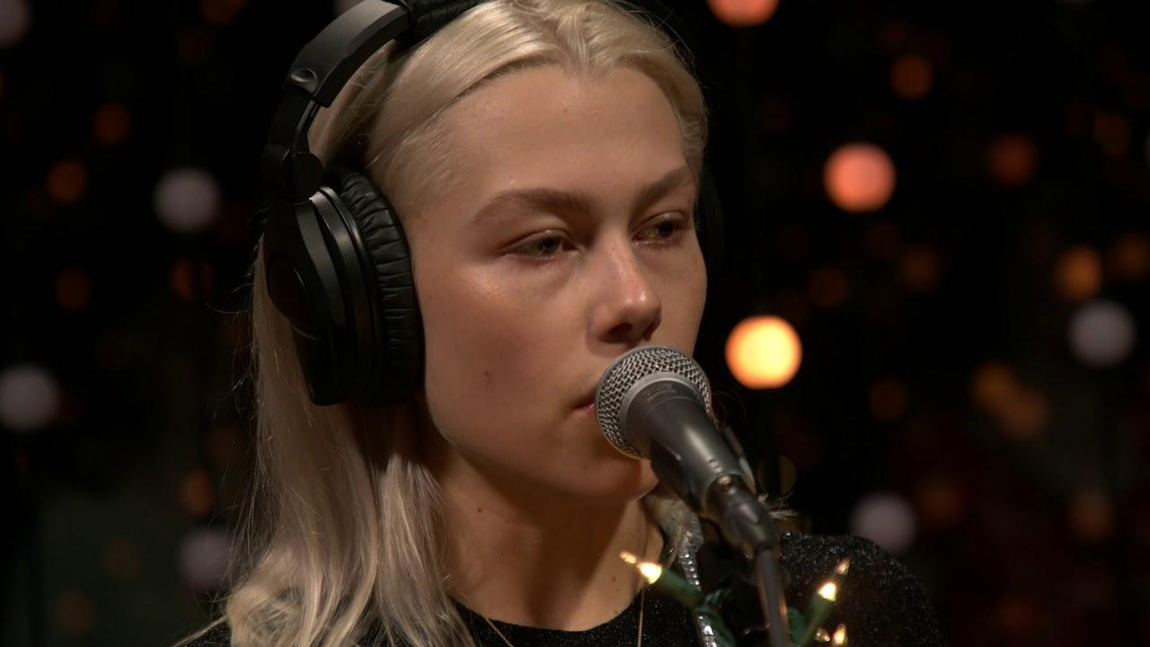 Download Phoebe Bridgers - Motion Sickness (Live on KEXP)