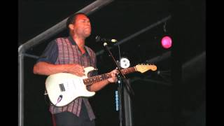 Watch Robert Cray Babys Arms video