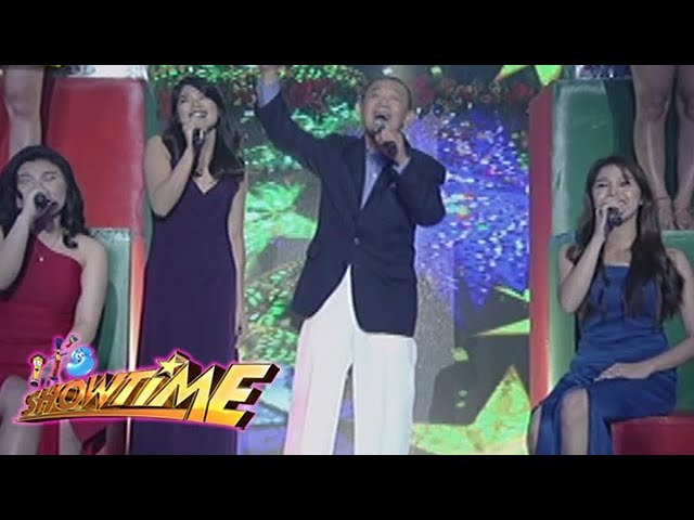 It's Showtime: Jose Mari Chan, Pauline, Mary Gidget, and Marielle perform on It's Showtime stage!