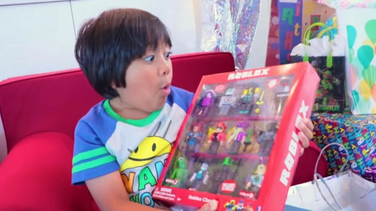 Ryan Toysreview Is Youtube S Top Earner Of 2018 Youtube
