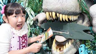 ★「恐竜冒険島で大絶叫~!」後編 in ポルトヨーロッパ★Huge maze「Dinosaur Adventure Island」2★ thumbnail