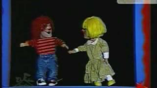 Los Chiquirrines - La Chica Fresa y David Bisbal