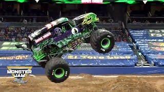Grave Digger Monster Truck winning Freestyle run Orlando │Monster Jam 2018