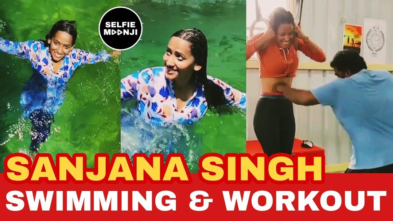 Sanjana Singh Swimming at Village in Swimming Pool | Sanjana Heavy Workout Video | Selfie Moonji