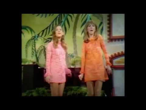 SERGIO MENDES & BRASIL 66: Lani Hall & Janis Hansen / GOING OUT OF MY HEAD   (((STEREO)))