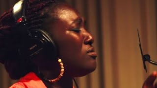 Maame Afon - Olorun To Da Awon | GhanaMusic.com Video(Music video by Maame Afon performing 'Olorun To Da Awon'. Directed by JustBMedia. Label: Akwantu Media. Produced by Nii Sai Sai. (C) 2015. To buy, search ..., 2015-11-26T18:40:13.000Z)
