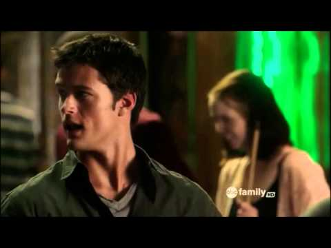 Nick Roux  Jane By Design 1x08  Nachos.