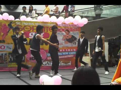 [271111] Uproar - Shock REMIX (Dance Cover) in Sophie Martin Got Talent @ Braga City Walk