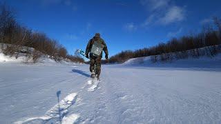 Зимняя рыбалка на блесну Ловля окуня со льда Клевало только кидай