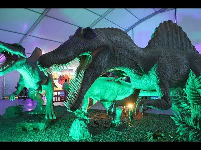 La exposición animatrónica de dinosaurios