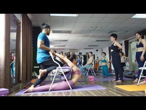 advanced-backbend-&-twisting-yoga-pose-training-with-props- -my-advanced-group-yoga-class- -yograja