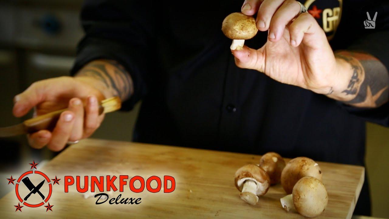 Champignons Schälen Und Verarbeiten Kitchen Basics Von Punkfood