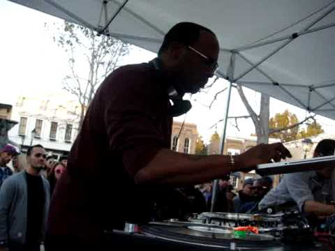 DJ JAZZY JEFF spins MICHAEL JACKSON medley at Hornitos Block Party WB