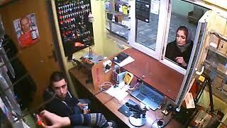 Покупатель мошенница ⁄ мошеница в Саратове, обманывает при покупке на сдаче  Раскусил мошенницу