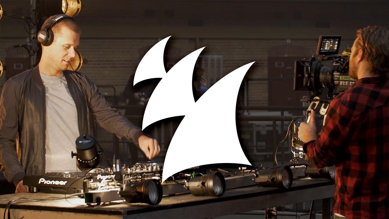 Armin van Buuren feat. Kensington - Heading Up High (Behind The Scenes)